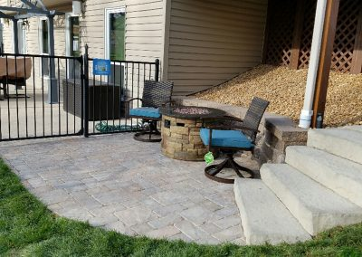 Fritz-Stonework-Landscape-St-Louis-backyard-patio-stairs-3