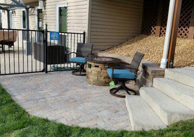 Fritz-Stonework-Landscape-St-Louis-backyard-patio-stairs-3