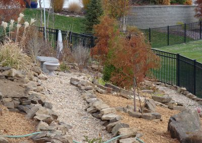 Fritz-Stonework-Landscape-St-Louis-backyard-rock-features2