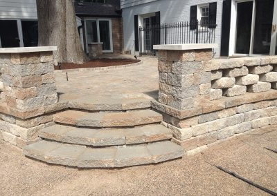 Fritz-Stonework-Landscape-St-Louis-backyard-rock-patio13