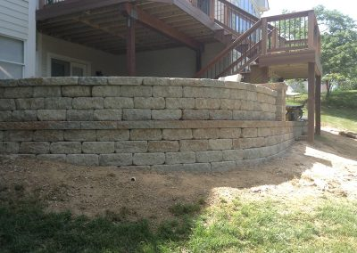 Fritz-Stonework-Landscape-St-Louis-backyard-rock-wall-21