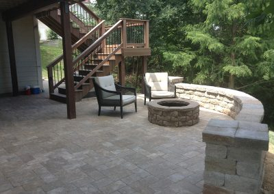 Fritz-Stonework-Landscape-St-Louis-backyard-rock-wall-firepit-11