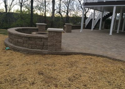 Fritz-Stonework-Landscape-St-Louis-grand-outdoor-firepit-patio