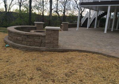 Fritz-Stonework-Landscape-St-Louis-grand-outdoor-firepit-patio