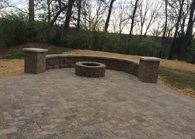 Fritz-Stonework-Landscape-St-Louis-grand-outdoor-firepit-patio2