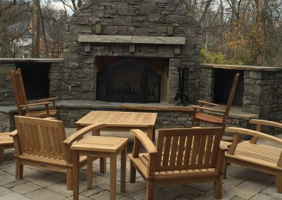 Fritz-Stonework-Landscape-St-Louis-grand-outdoor-fireplace-SLIDE