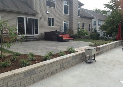 Fritz-Stonework-Landscape-St-Louis-grand-outdoor-wall-patio