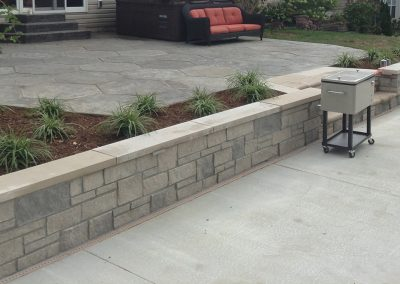 Fritz-Stonework-Landscape-St-Louis-grand-outdoor-wall-patio-SLIDE