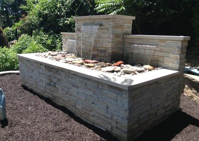 Fritz-Stonework-Landscape-St-Louis-outdoor-waterfeatures2