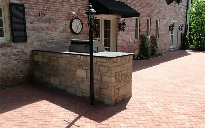Outdoor Kitchen Elements to Make Entertaining Easier than Ever