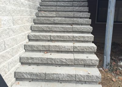 Fritz-Stonework-Landscape-St-Louis-retaining-walls-stairs
