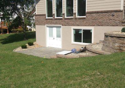 Fritz-Stonework-Landscape-St-Louis-retaining-walls-tumbled-block3